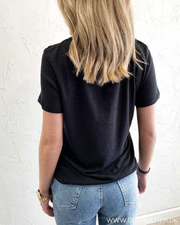 Sort t-shirt til kvinder