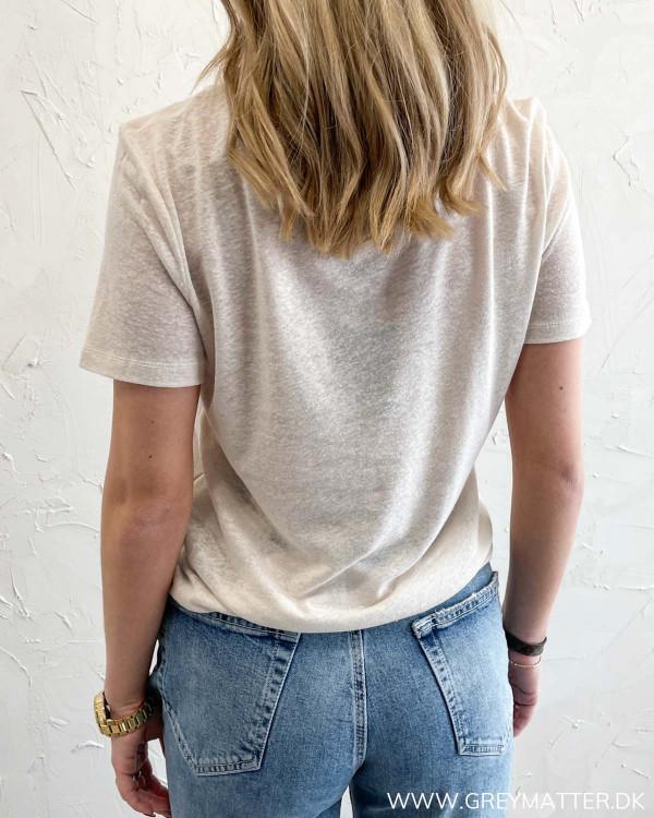 Lys t-shirt til damer
