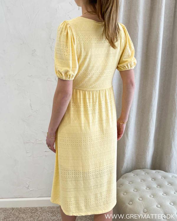 Vila kjole med korte ærmer