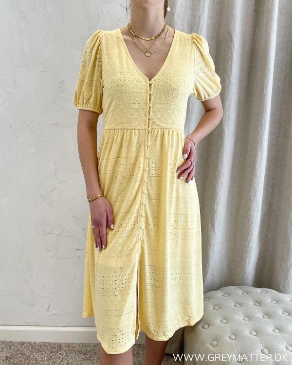 Kjole fra Vila med korte ærmer