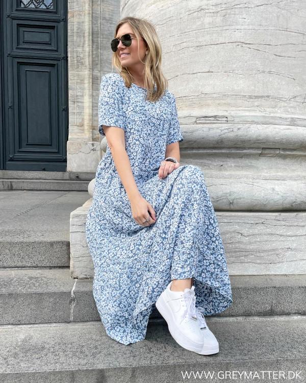 Smuk midi dress fra Only med print