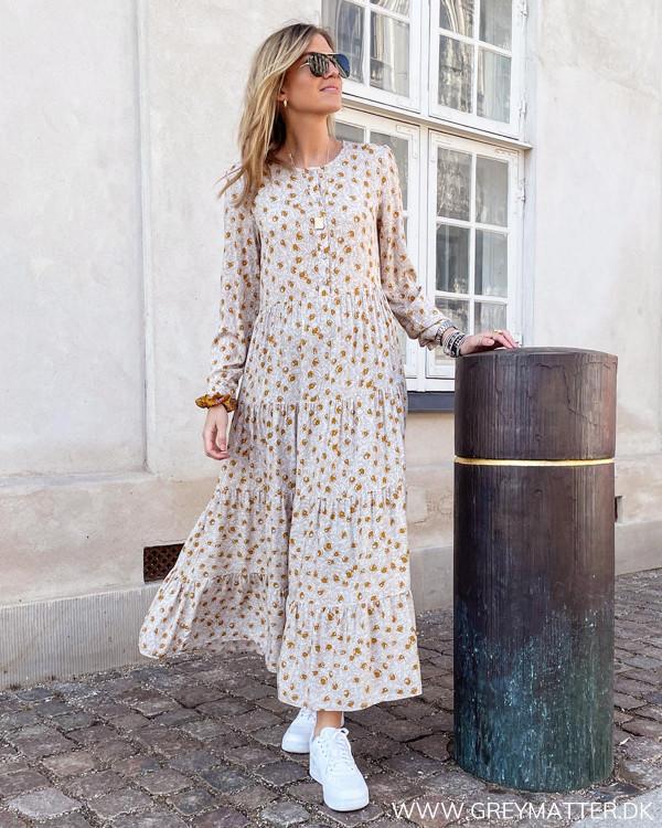Maxi kjole med print til foråret
