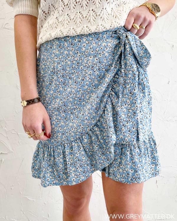 Blå nederdel med print fra Only