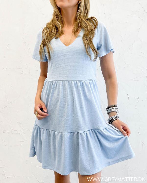 Blå kjole til damer fra Vila