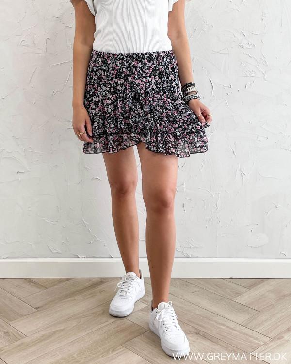 Kort nederdel med print