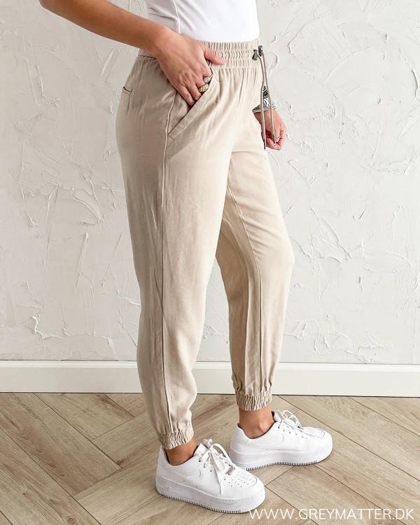 Bukser til damer med løs pasform