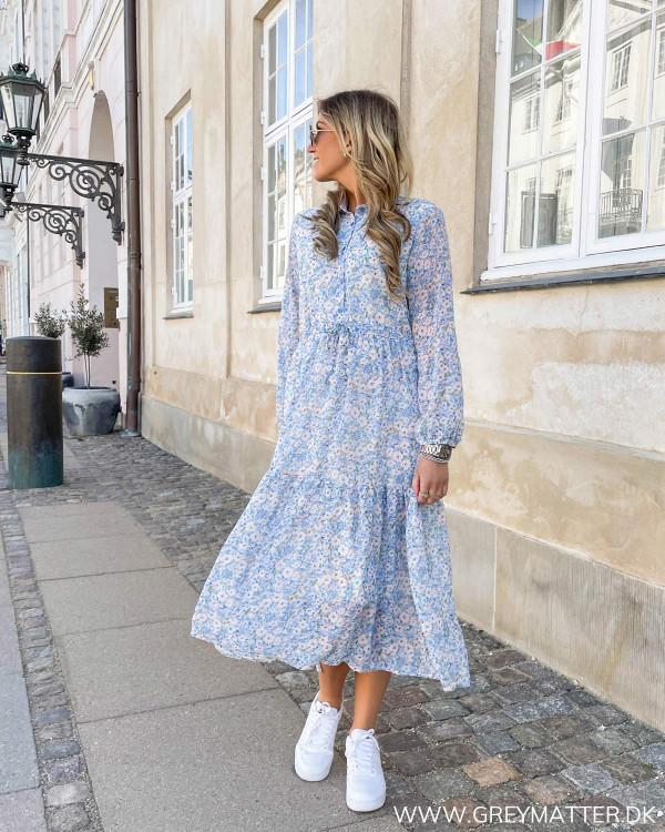 Kjoler med blomsterprint fra Grey Matter Fashion