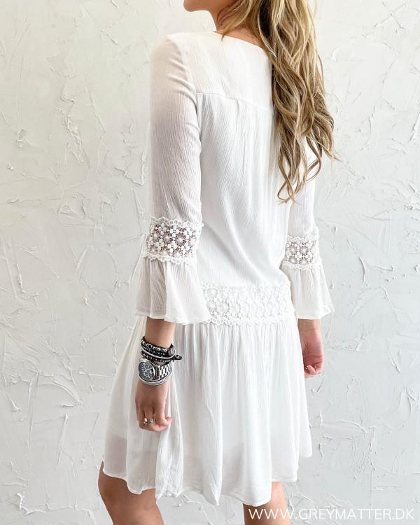 Hvid sommerkjole fra Only