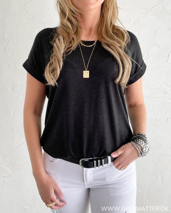 Mørkegrå T-shirt til kvinder fra Only