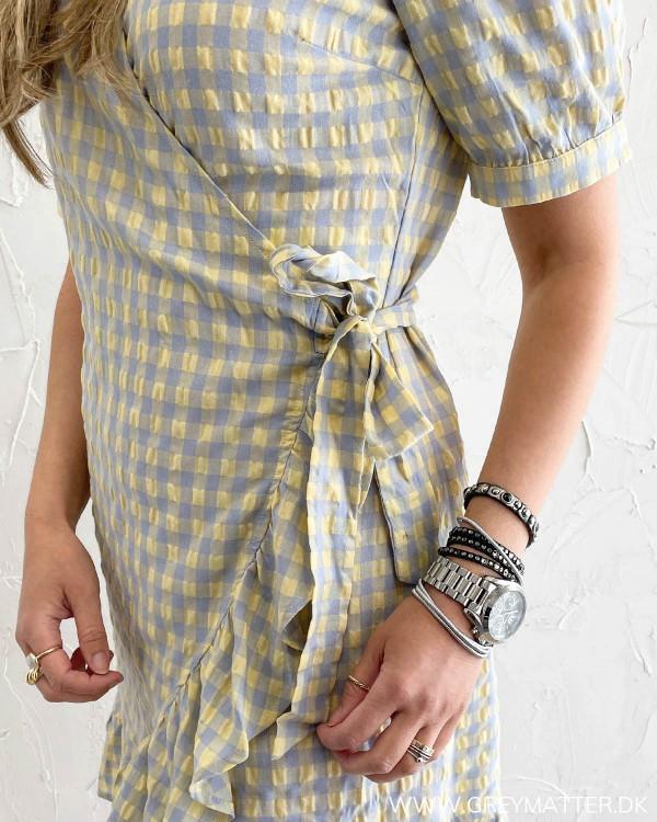 Kjole med tern fra modemærket Vila