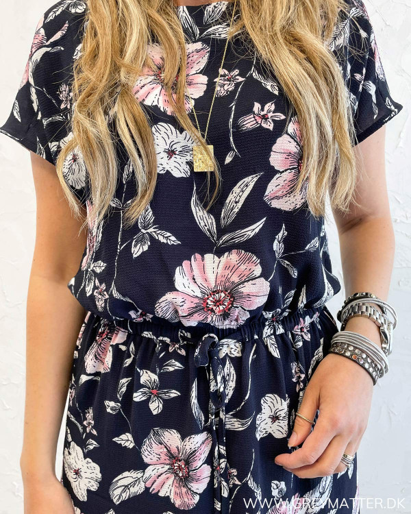 Blomsterprint kjole fra Only