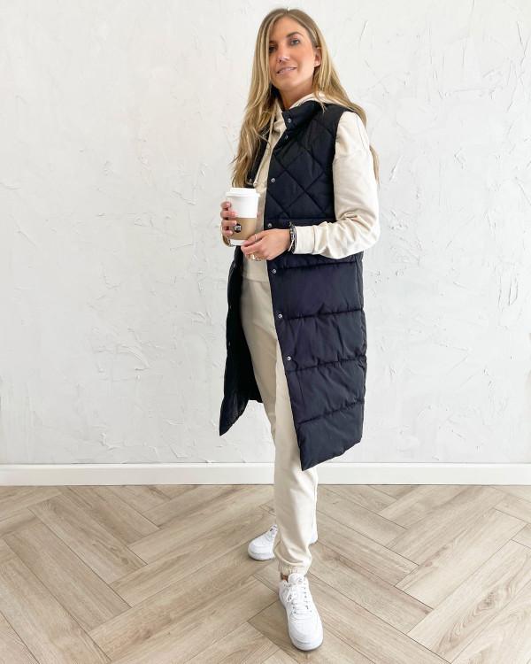 Sorte veste til damer stylet med hoodie og sweat pants