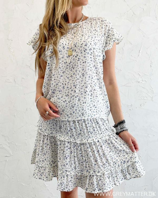 Bluser til damer med korte ærmer og matchende nederdel