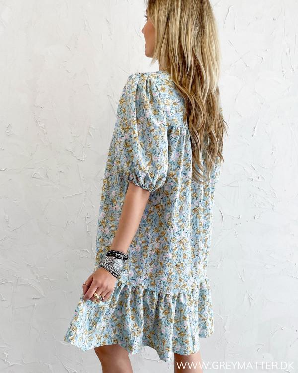 Printet sommerkjole med løs pasform