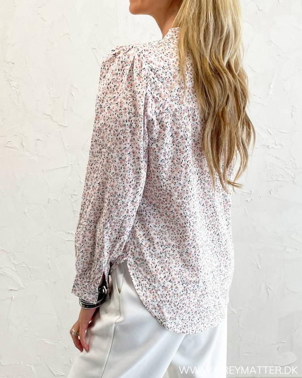 Sommerskjorte til damer fra Pieces
