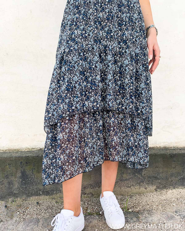 Midi nederdel med blomsterprint