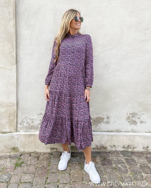 Midi kjole med print fra Grey Matter Fashion