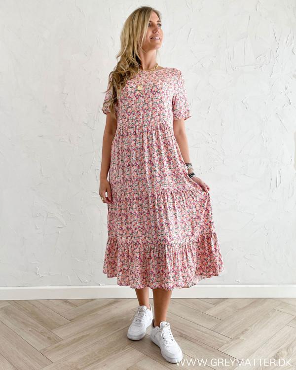 Kjole fra Vila med blomsterprint