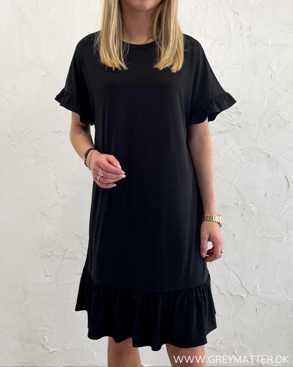Sort kjole til damer