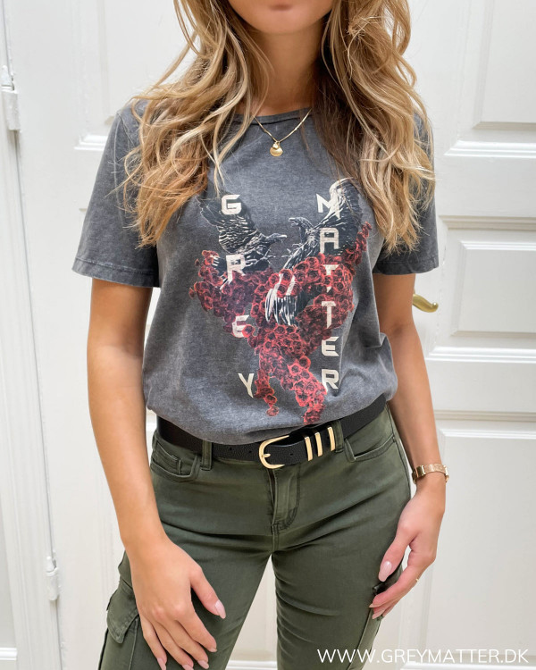 Ørne t-shirt til damer med Grey Matter logo