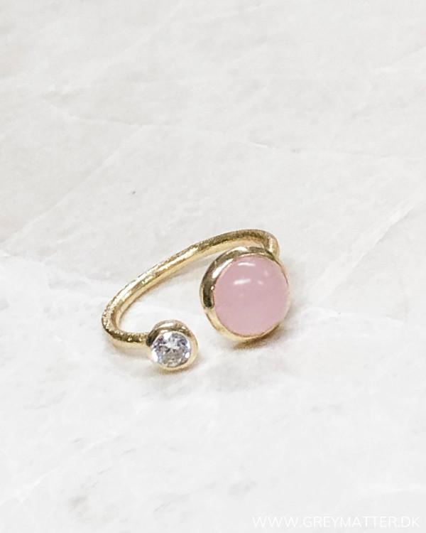 Golden Rose Zircon Ring