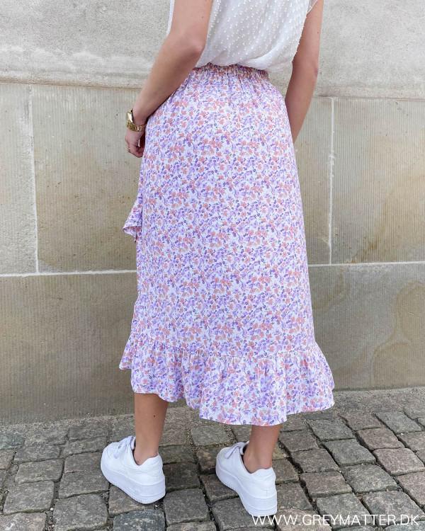 Nyheder fra Pieces skøn nederdel til damer