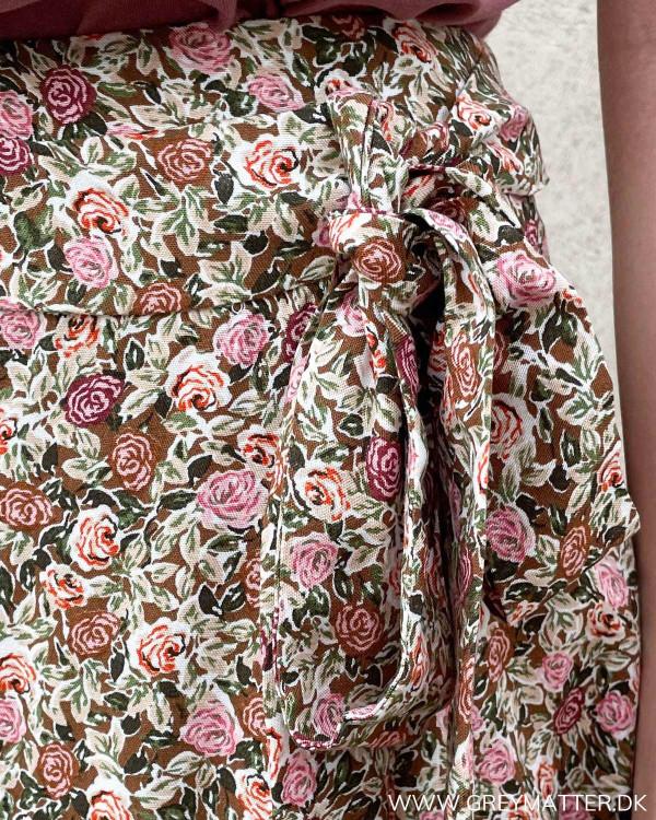 Only nederdel med blomsteprint