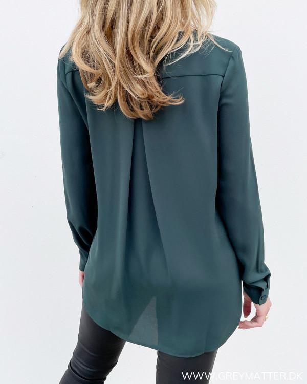 Mørkegrøn skjorte til damer