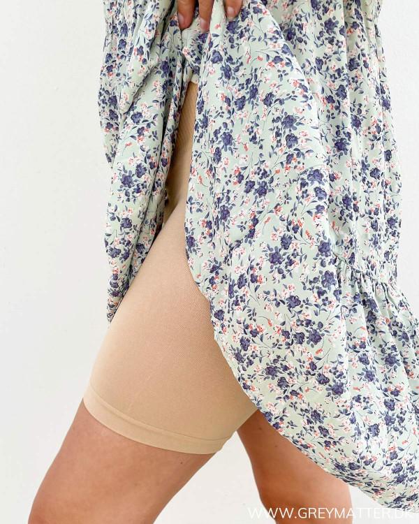 Shorts til under kjoler i hudfarvet