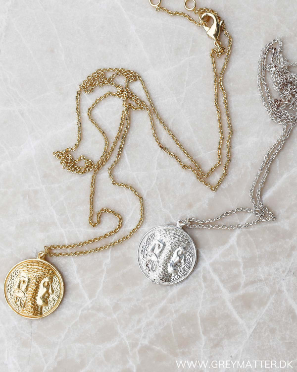 Halskæder med medaljon fra Pure By Nat