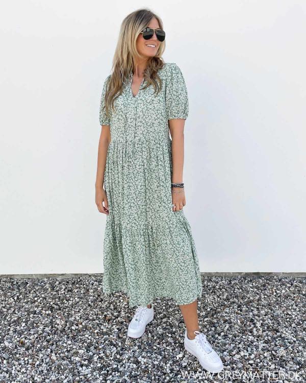Kjole i viskose med grønt print