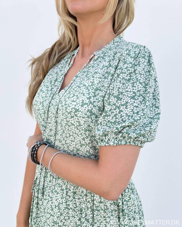 Flotte kjoler fra Vila med print