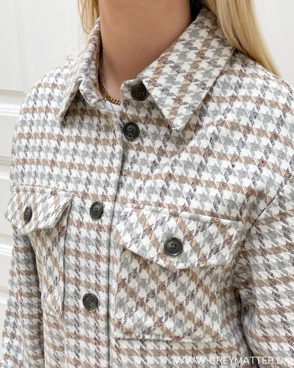 Skjorte jakker til damer fra modemærket Vila
