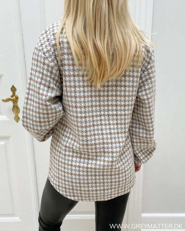 Skjortejakker til damer i tern