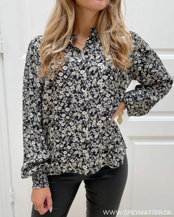 Skjorte med mønster til kvinder fra Vila