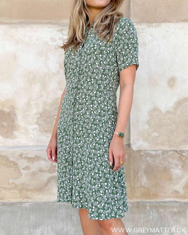 Pieces grøn kjole med hvidt print