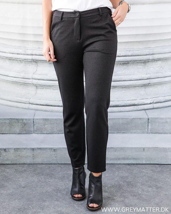 Vitony Black Pants