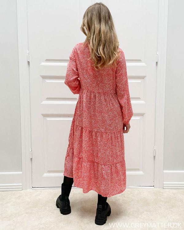 Røde kjoler til damer