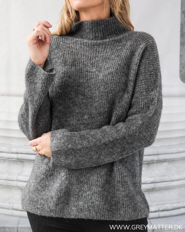 Dark Grey Loose High Neck Knit