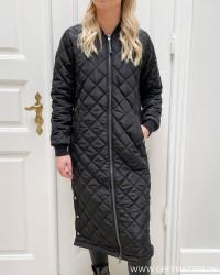 Onljessica X-Long Black Quilted Coat
