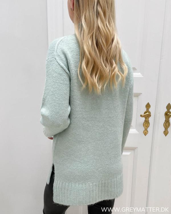 Only trøje til damer med høj hals og lange ærmer