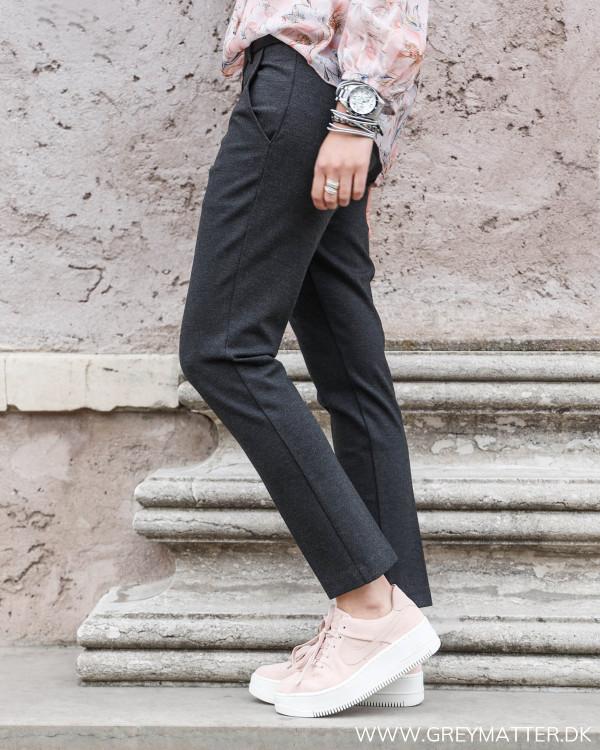 Bukser fra Neo Noir set fra siden