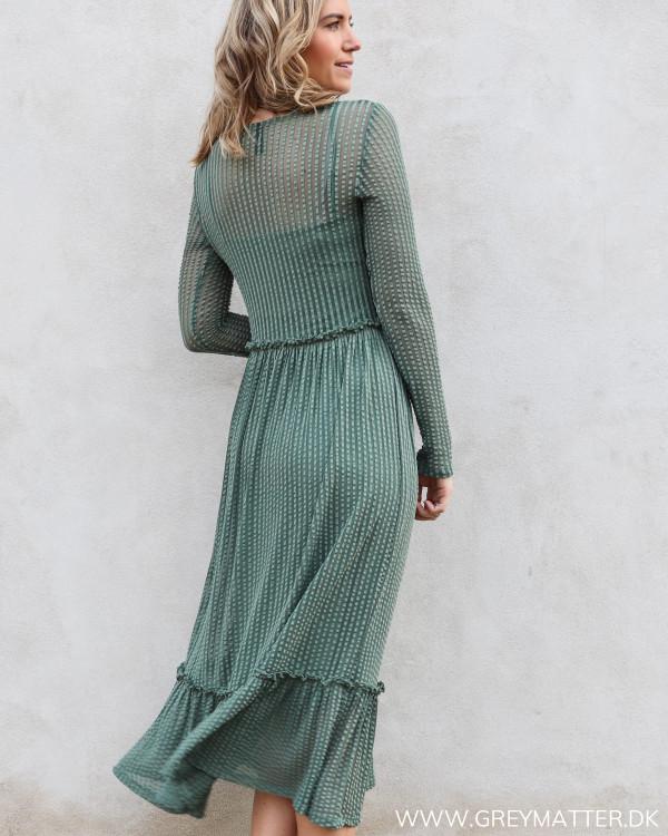 Midi dress fra YAS med lange ærmer