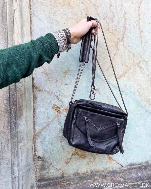 Pcoprah Black Leather Cross Body Bag