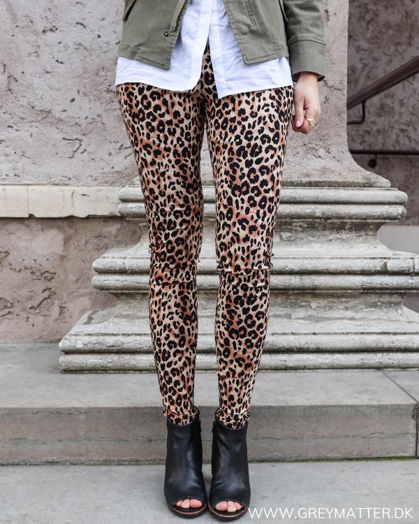 De cool leopard leggings set forfra