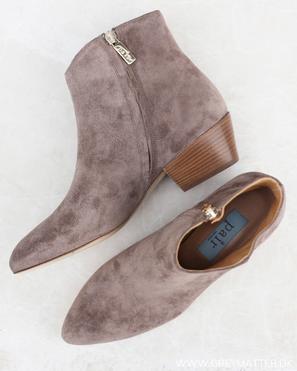Apair Western Velour Taupé Low Heel Støvler