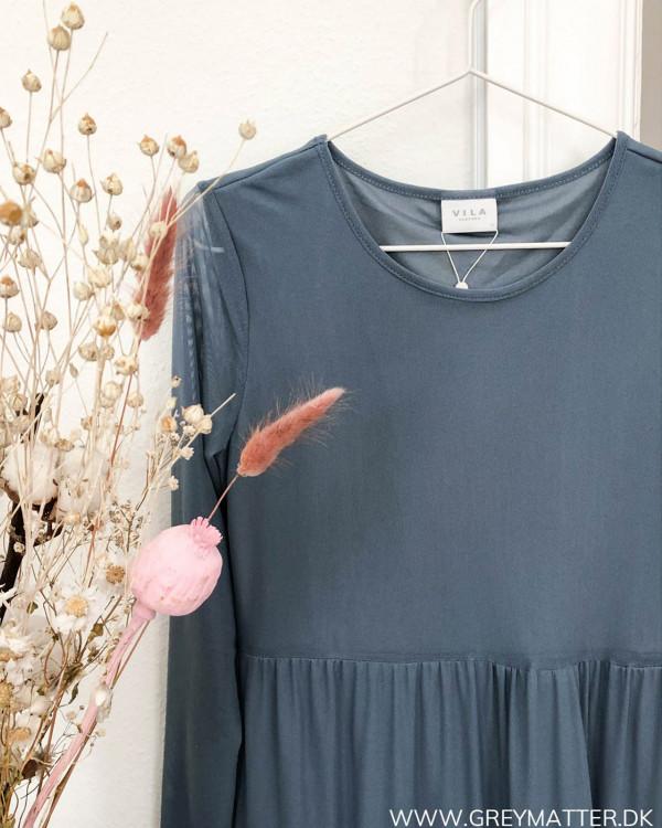 Vilda Vidavis kjole på bøjle