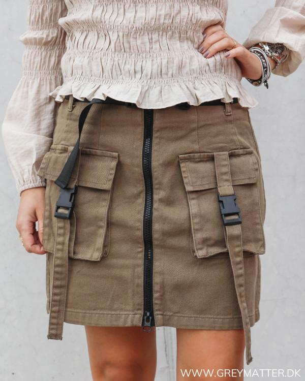 Nederdel fra Pieces med lommer foran