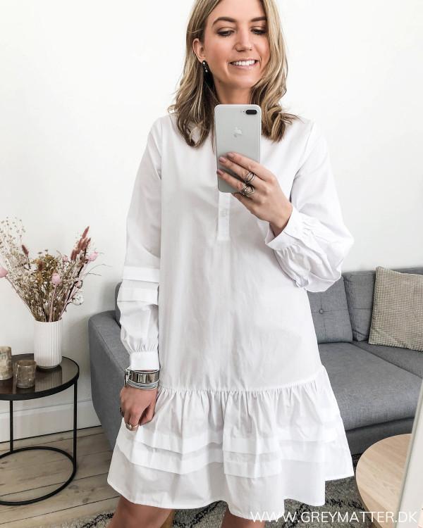 Hvid kjole fra Vila