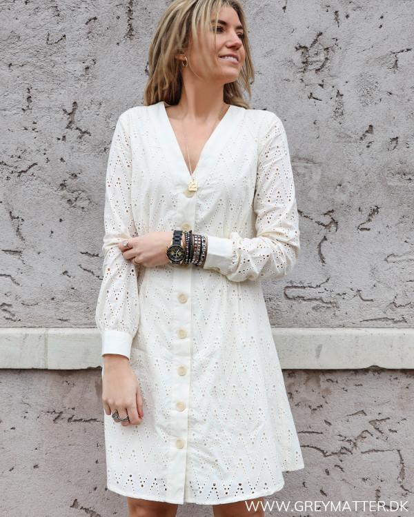 Hvid kjole fra YAS